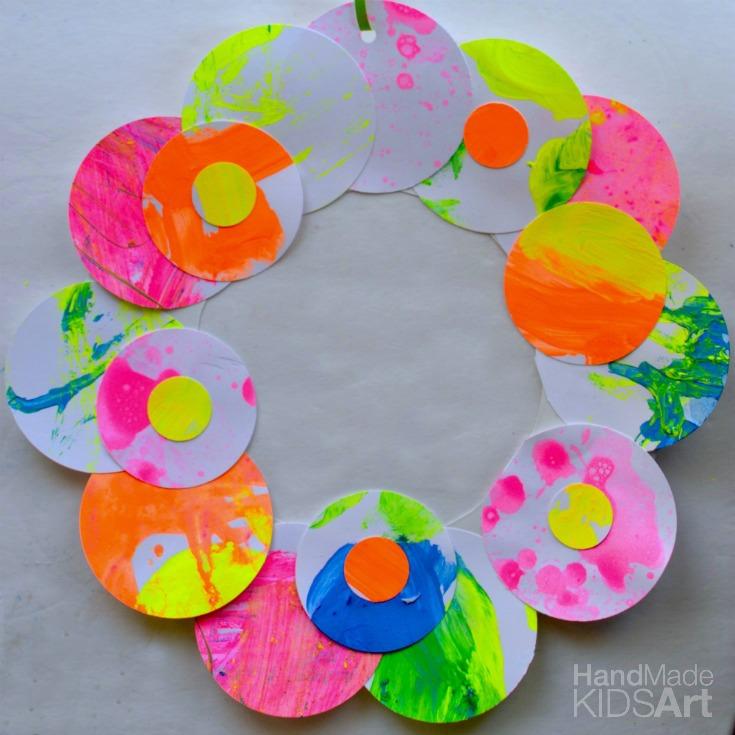 paper wreath fb sq